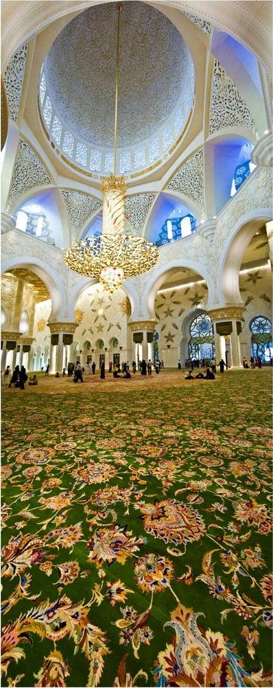 Inside Sheikh Zayed Grand Mosque, photo: Phillip George