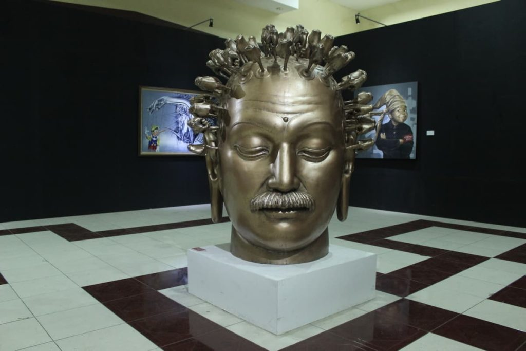 Dicky Tjandra, Between Buddha and Einstein, 2015