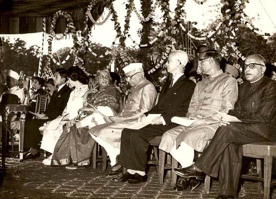 Crown Pince Akihito & Princess Michiko, Smt Kamaladevi Chattopadhyay, Pt Jawaharlal Nehru - Prime Minister, Mr Joseph Allen Stein