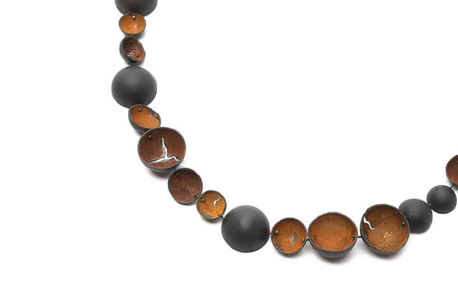 Nicky Hepburn, Steel Land necklace, 2015, steel, rust, 900 x 15mm