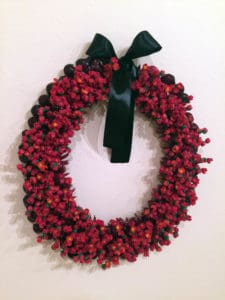 Sulieti Fieme'a Burrows and Tui Emma Gillies, Kahoa Heilala 2016, polymer clay, plastic (grapes), ribbon, wire, nylon thread