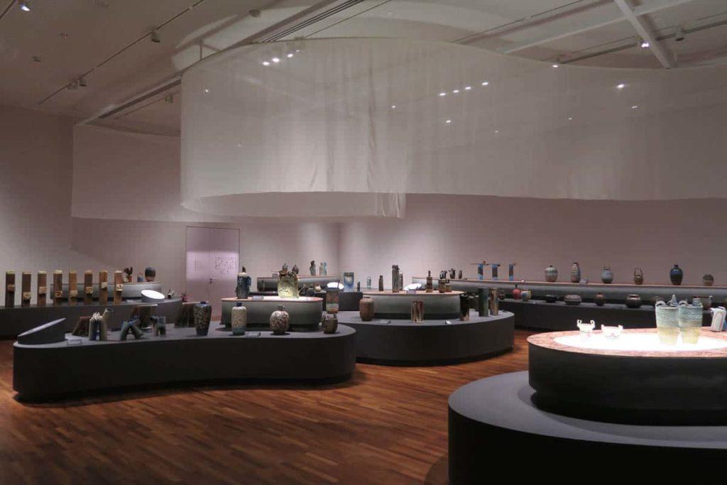 Gallery 1 features over 150 ceramic works by Iskandar from both private and public collections, spanning from the 1960s to the 2000s. Divided into six themes, these works examine the diverse cultural influences that Iskandar draws from in his artistic practice.