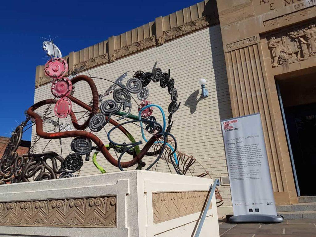 Leeroy New, La Puerta del Laberinto installation, 2017, Castlemaine Art Gallery