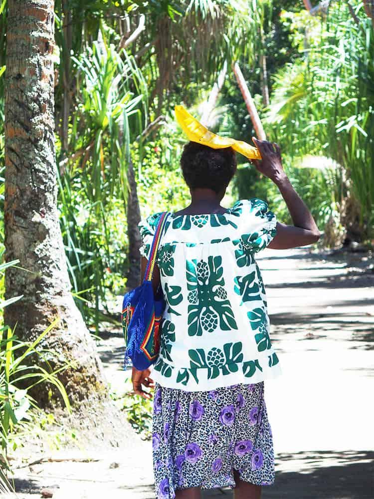 Women of Uluveo island