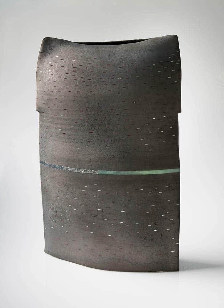 Dean Smith, Black II, 2017, fine stoneware, metallic glaze, glass enamels, palladium leaf and pigment applied, 61 x 35 x 15 cm