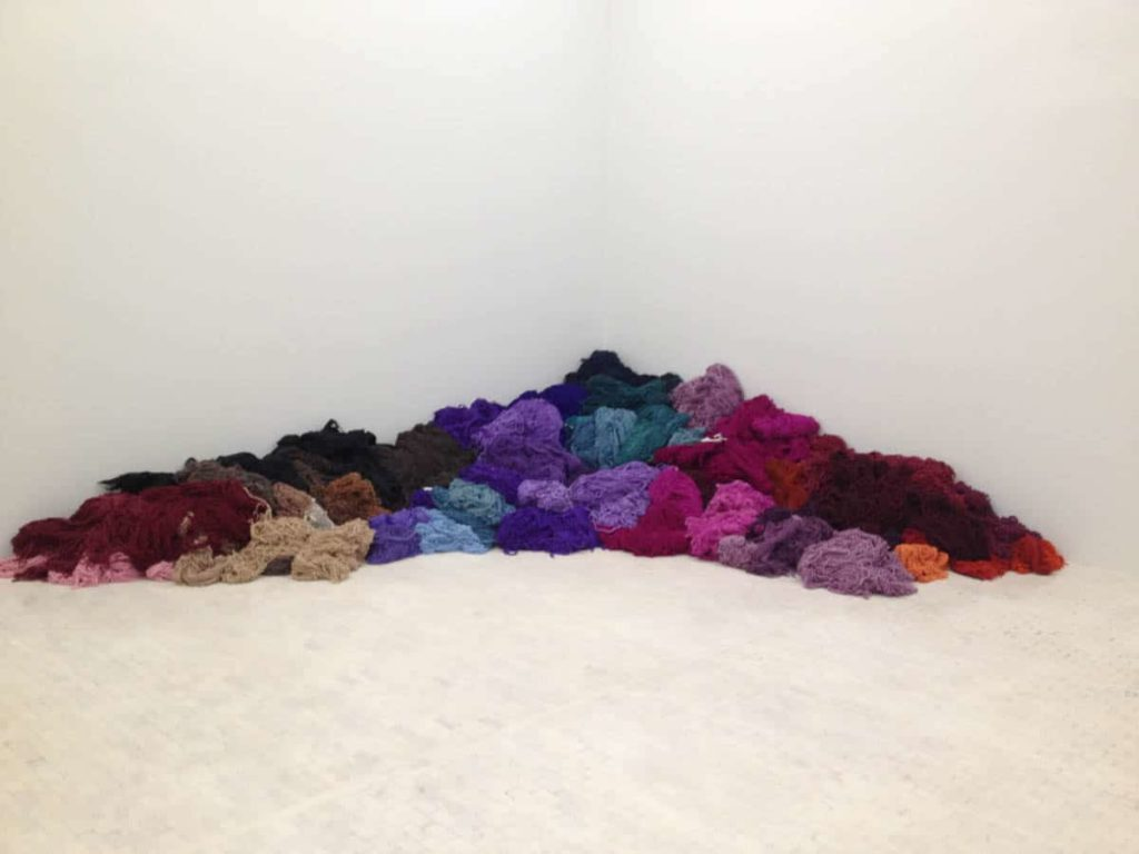 Yarn dyed with natural pigments