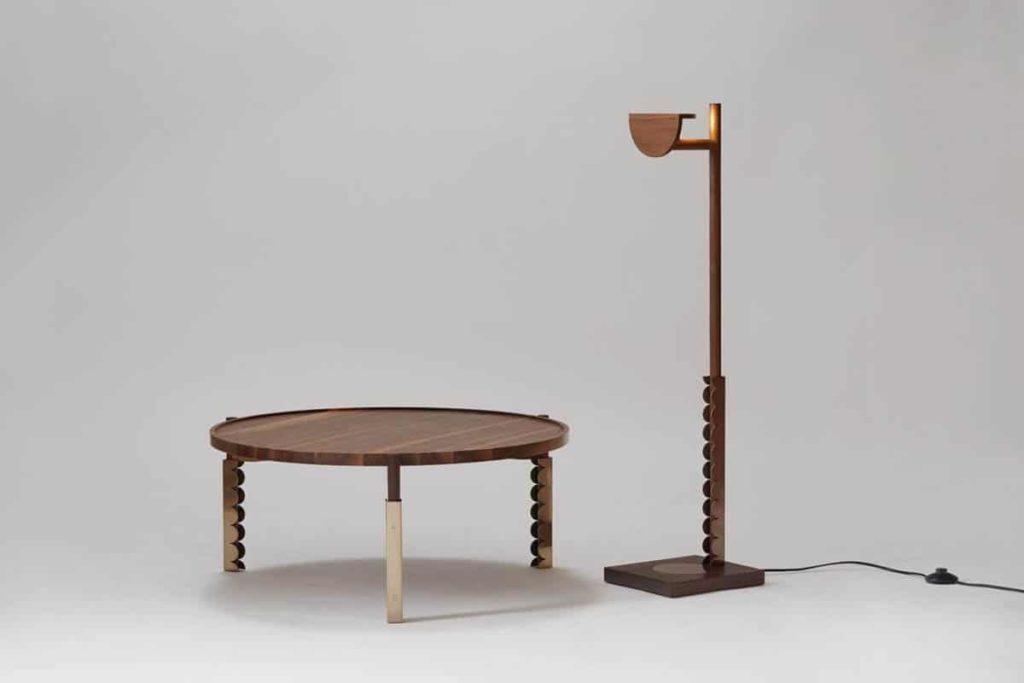 Choi, JunWoo, table, stand