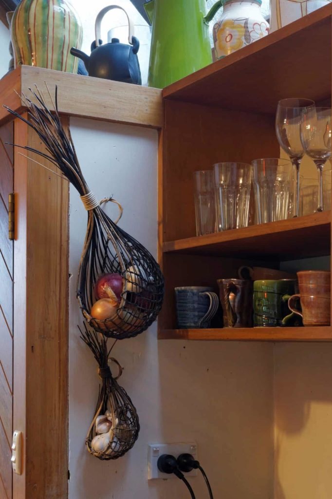 Ruth Castle garlic baskets, photo courtesy of Studio La Gonda