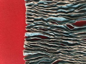 Paola Moreno, Pequeña textura sobre rojo (detail), silk, 16 x 14 cm, made in Santiago, Chile,  photo: Paola Moreno