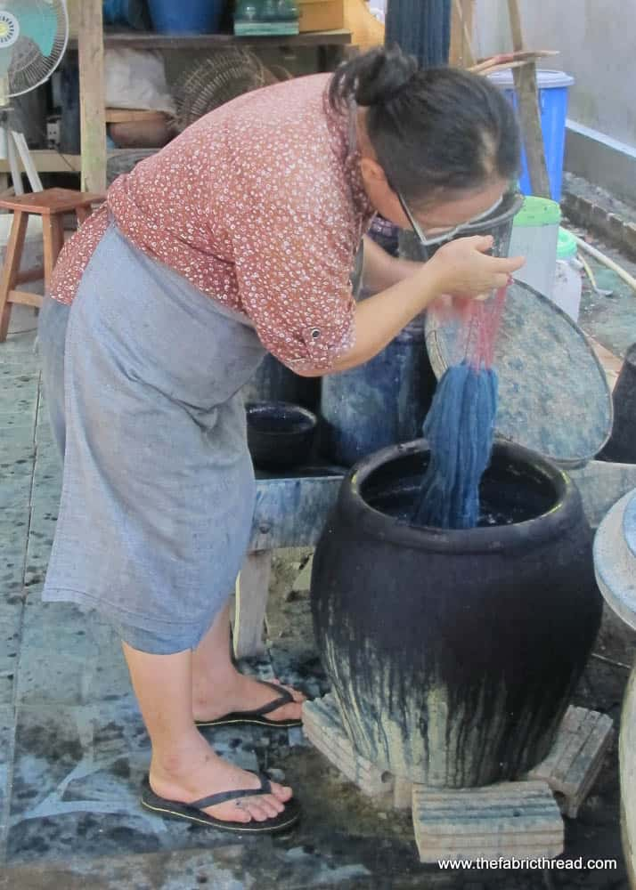 Studio Naenna, indigo dyeing