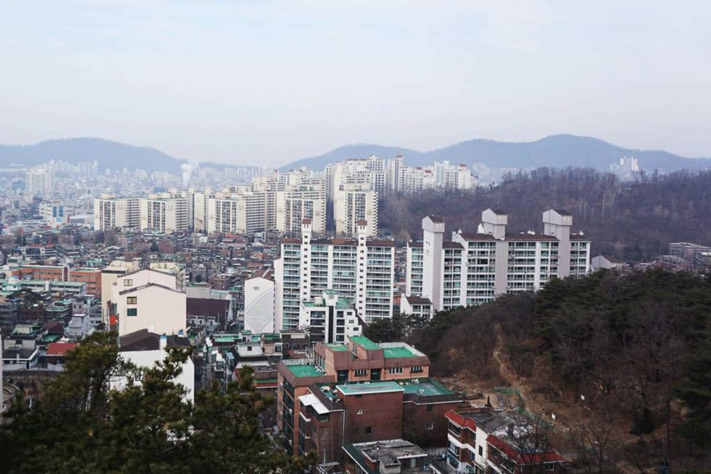 Seoul rooftops, photo: Laura Carthew