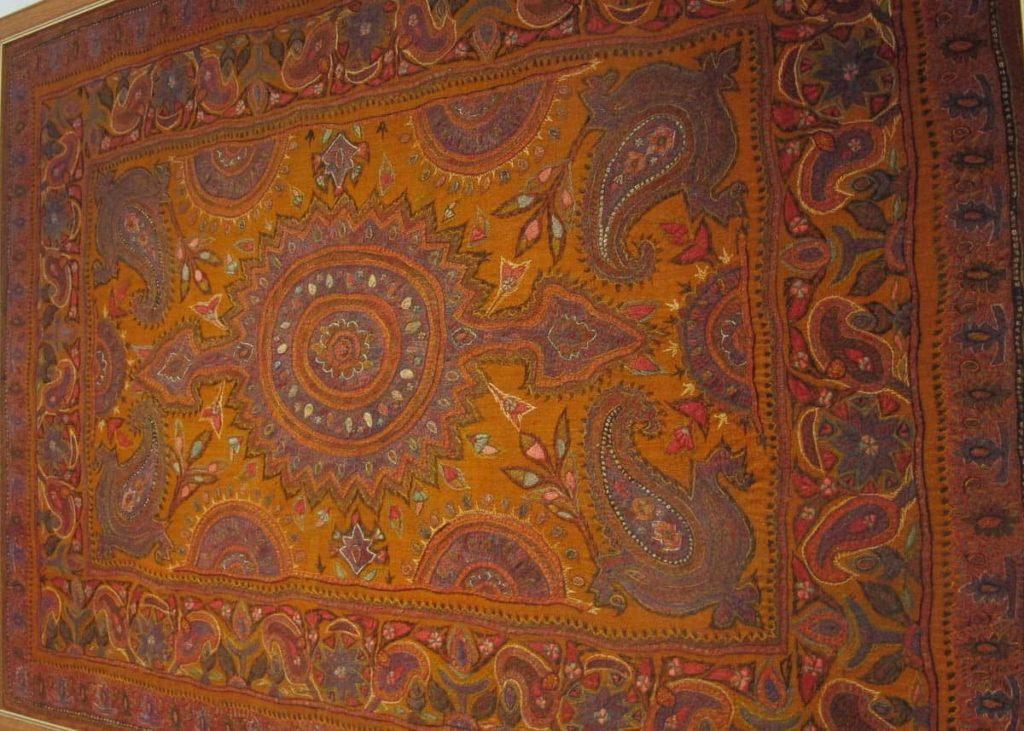 Patteh antique shawl