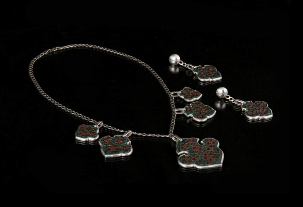 Neda Khalatabadi, silver necklace and earrings, 2016, cloisonne enamel on copper