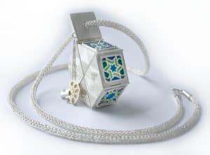 Mehrnoosh Ganji, Splendid sun, 2014, sterling silver, fine silver, 18 ct y gold, enamel, 50mm x 70mm x 20 mm