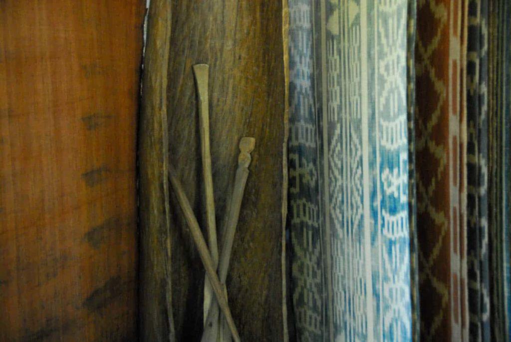 "Ikat of rafia called ""lay Masaka"", Studio TERRE LA SARL Majunga Madagascar, photo: Andrée Mathide Etheve"