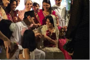 Parsi wedding, from https://parsikhabar.net/customs/all-you-ever-wanted-to-know-about-sacred-rituals-of-a-parsi-wedding/14542/