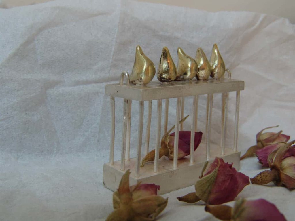 Nargess Asadinejad, Rose & Nightingale, 2013, silver, brass and flower, 4 x 3 x 2cm