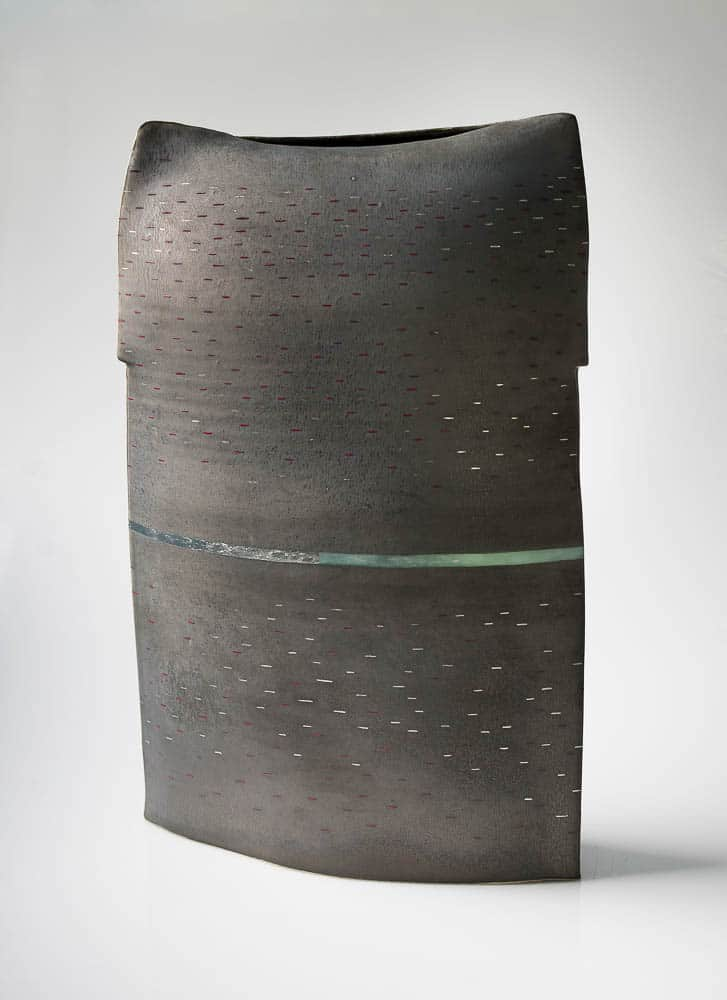 Dean Smith, Black II, 2017, fine stoneware, metallic glaze, glass enamels, palladium leaf and pigment applied, 61 x 35 x 15 cm