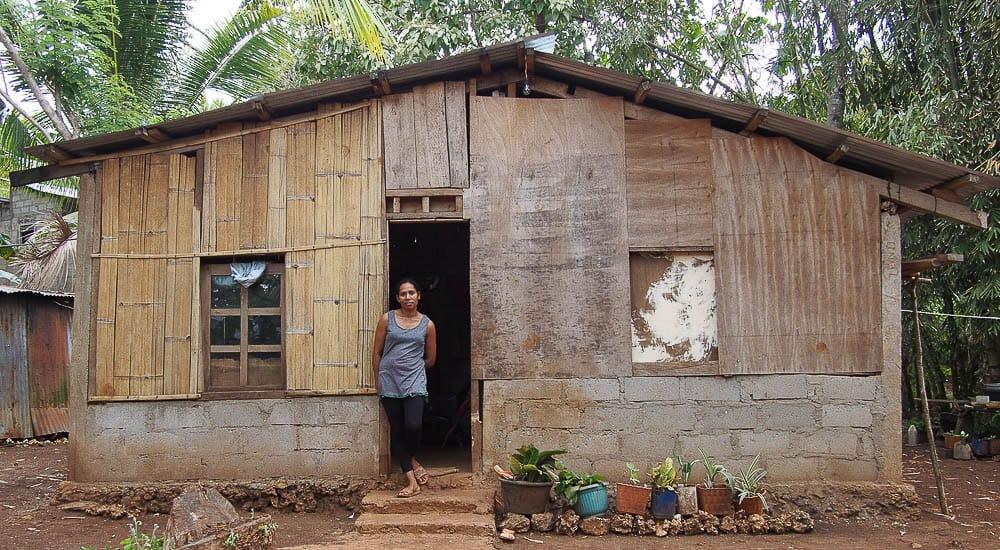 Mana Fina's house, photo: Marian Reid