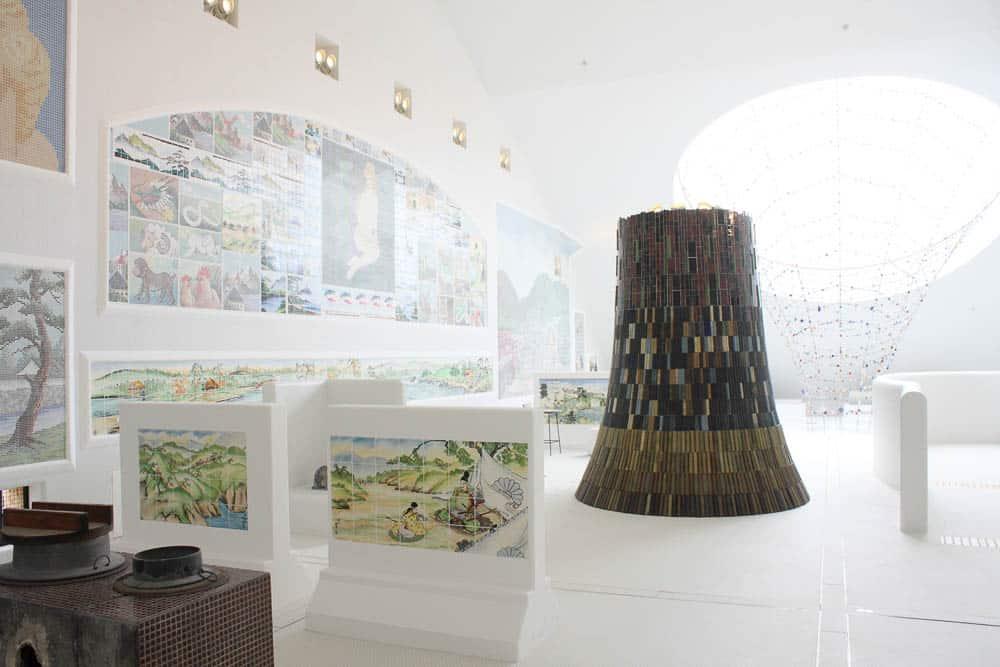 The fourth floor of the Mosaic Tile Museum, photo: Akitsugu Kojima