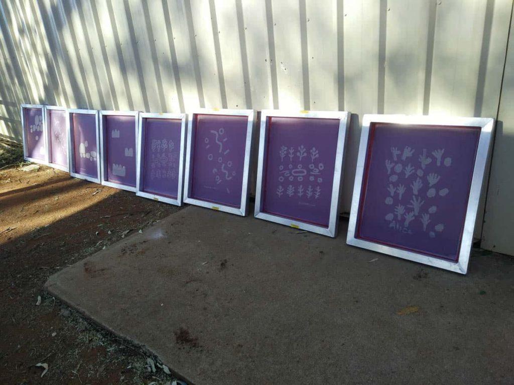 Screens at the shed – photo Chrischona Schmidt/Ikuntji Artists