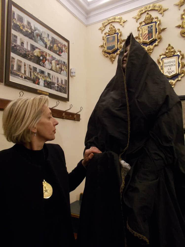 Rita Centobeni, Prioress of the Arciconfraternita del Sacro Monte dei Morti, prepares to dress up the Statue of the Virgin Mary in mourning garment, photo: Anna Battista