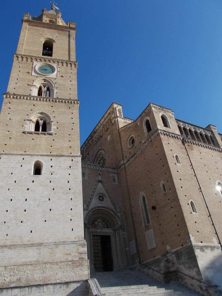 The cathedral of San Giustino, Chieti, Italy, Anna Battista