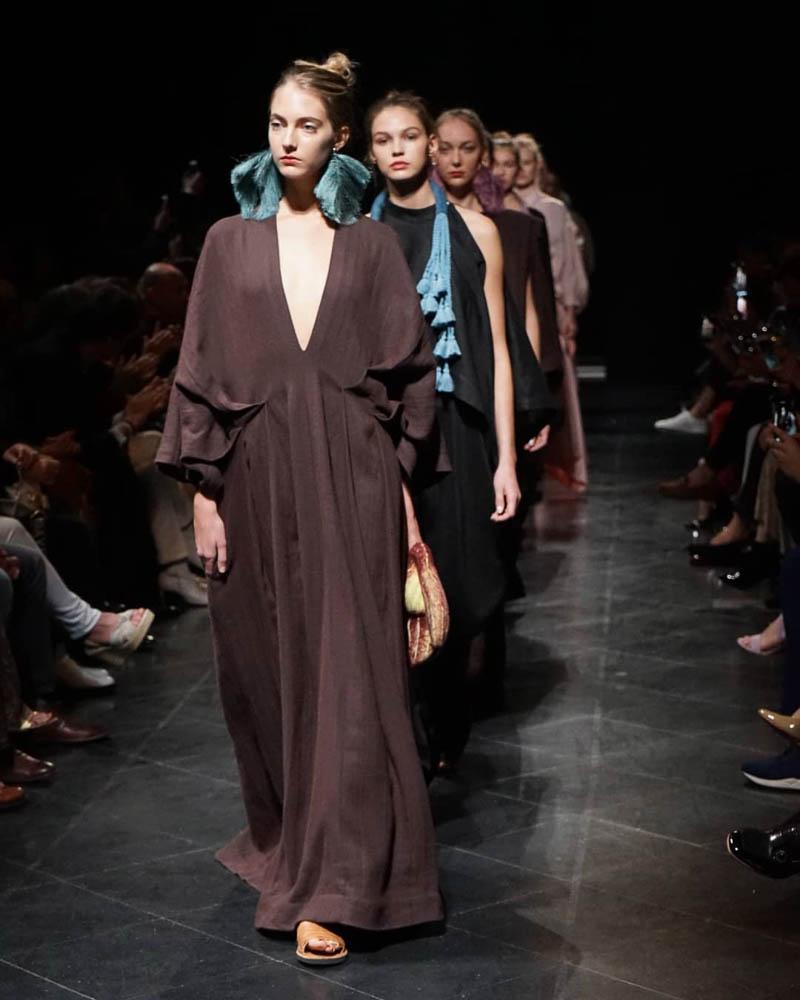 Venus y Loco. Mercedes Benz Fashion Week Chile, Julia y Renata, photo: Antonio Avila Barra
