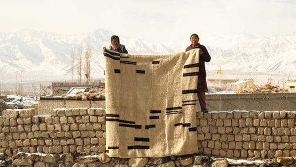 When nomads come to town:  Sustaining weaving traditions on the Ladakhi Changthang Plateau Catherine Allie traces the journeys of nomad weavers in remote north-western India, famous for their tsug dul blanket